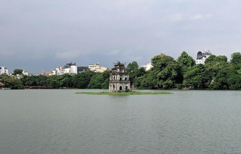 Tour de la tortue sur le lac Hoan Kiem à Hanoi