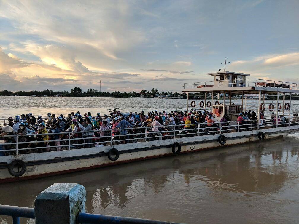 Ferry de Vinh Long vers Anh Binh au Vietnam