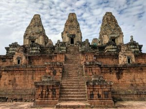 Temple de Pre Rup et son grand escalier, Cambodge