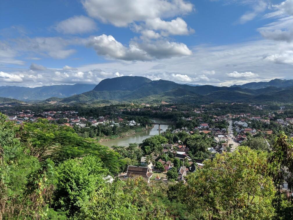 Vue sur Luang Prabang depuis le Mont Phousi, Laos