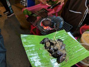 Dessert au night market de Pai, Thailande