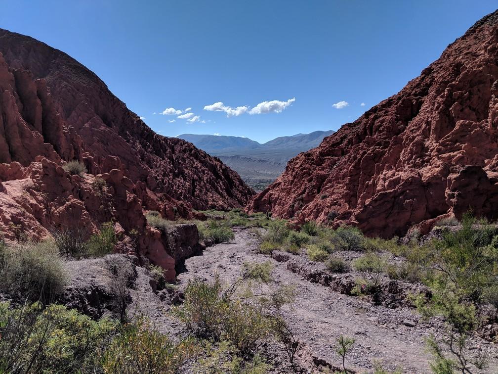 Chemin de gravier à Quebrada de Las Señoritas sur la boucle nord de Salta