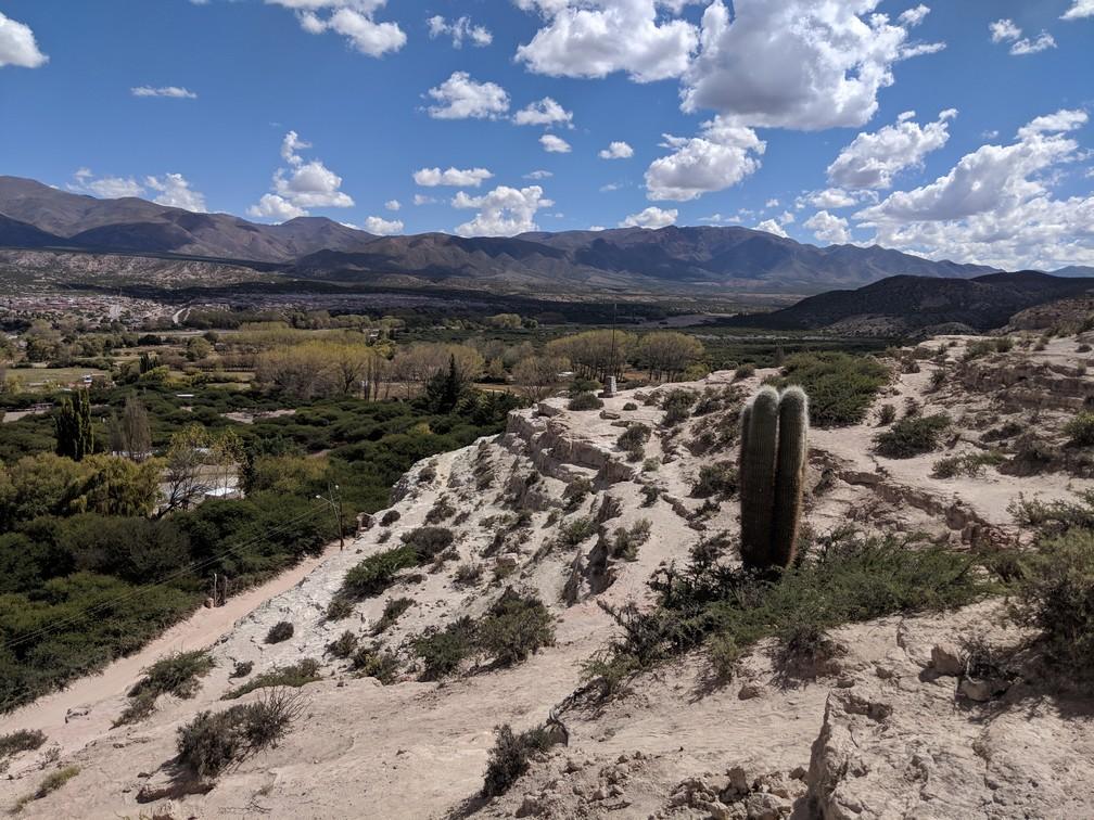 Point de vue sur la vallée de Humauaca depuis Peña Blanca