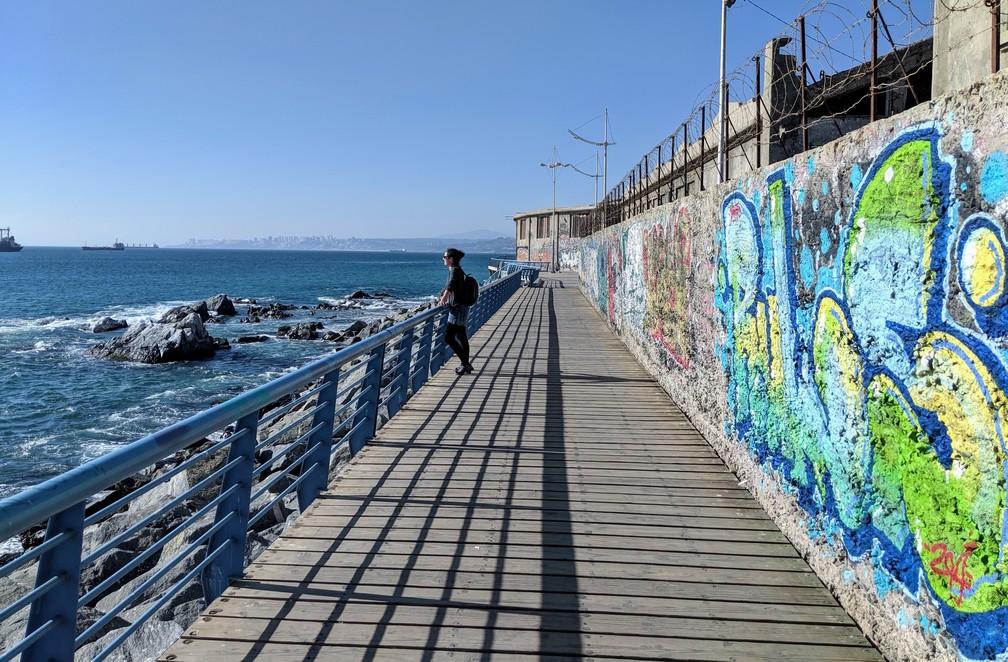 Ponton du bord de mer à Valparaiso