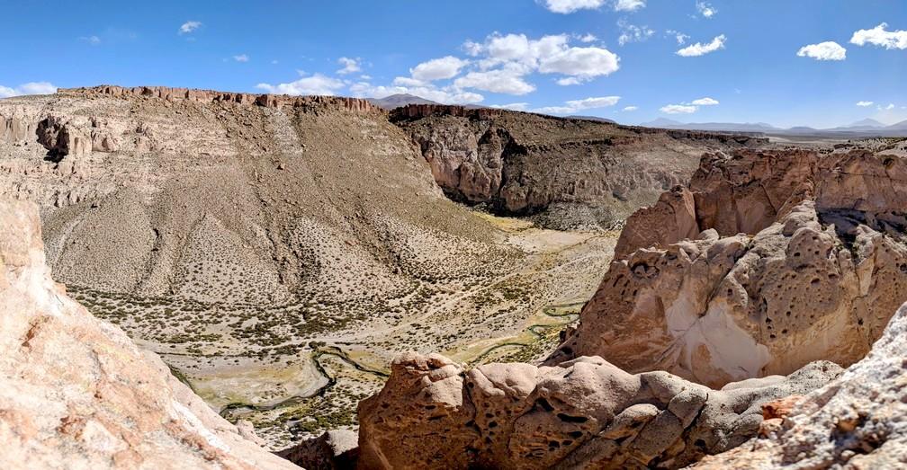 Le canyon des Incas, avec sa rivière sinuante