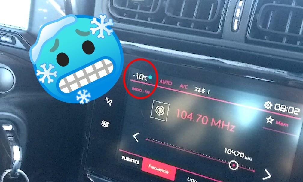 Température extérieure de -10°C affichée dans la voiture vers Tatio