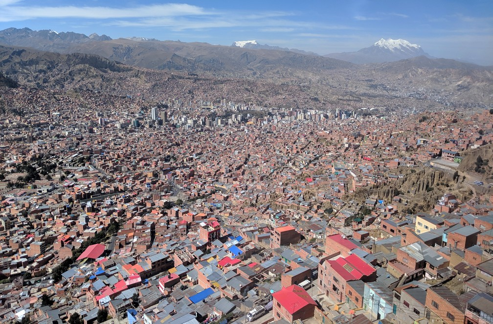 Vue panoramique sur La Paz depuis El Alto