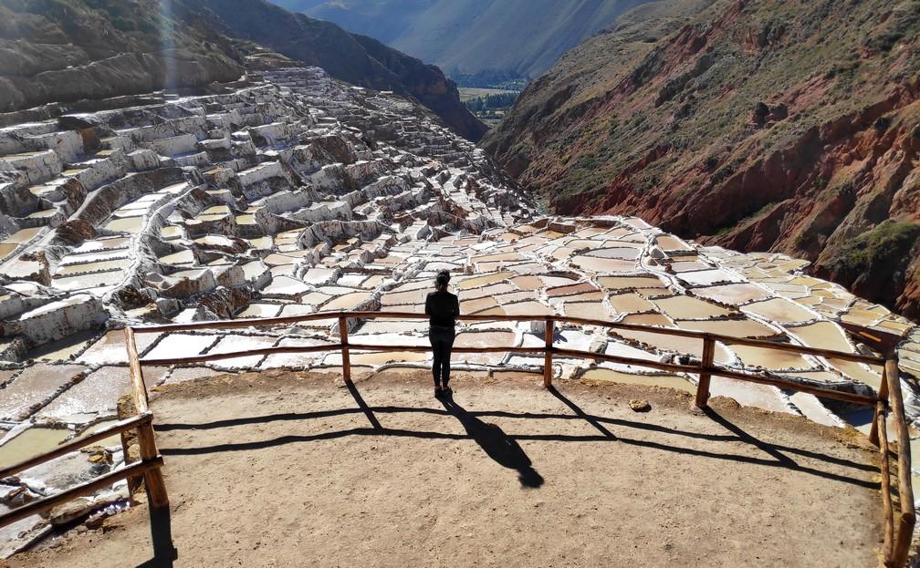Vue sur les salines de Maras près de Cusco au Pérou