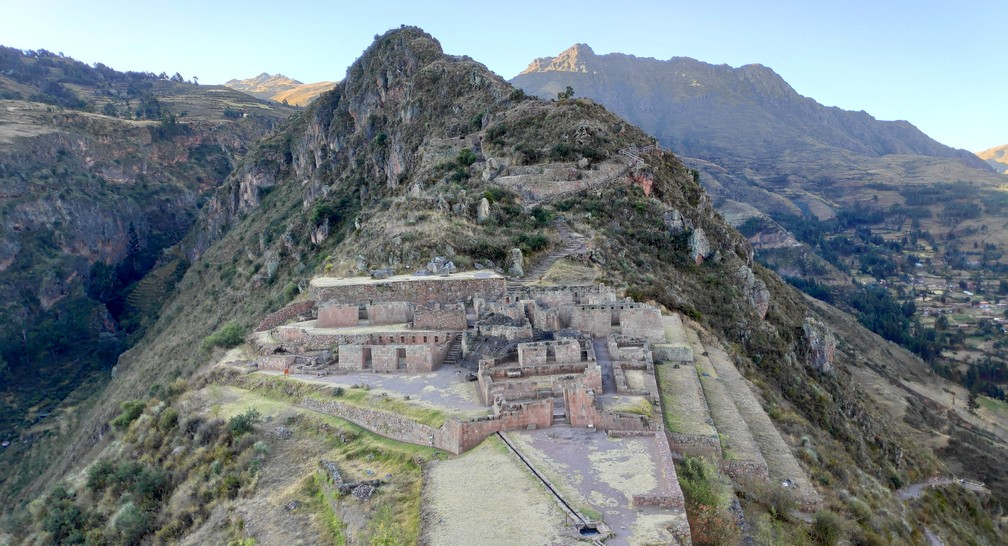 Ruines du centre cérémonial de Intihuatana à Pisac