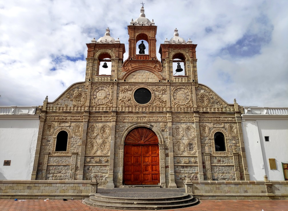 Façade de la Cathédrale San Pedro de Riobamba