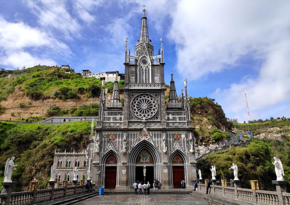 façade de l'église de Las Lajas à Ipiales dans le sud de la Colombie