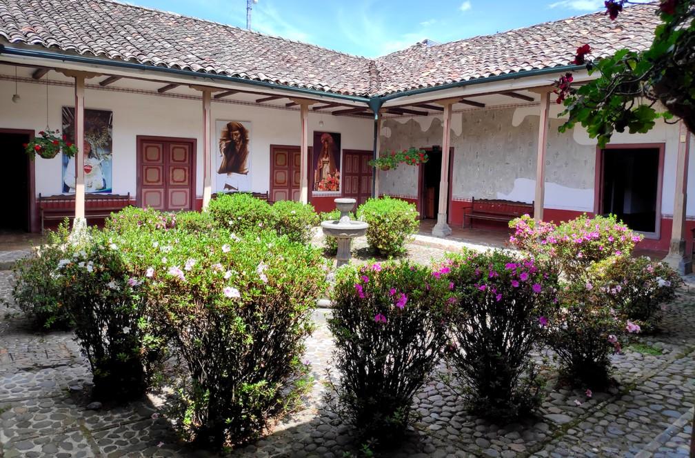 Patio fleuri à Popayan