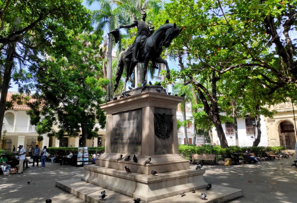 Statue de Simon Bolivar sur la Plaza Bolivar à Carthagène