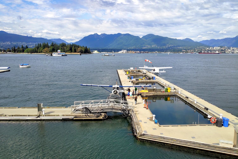 Ponton pour les vols en hydravion à Vancouver